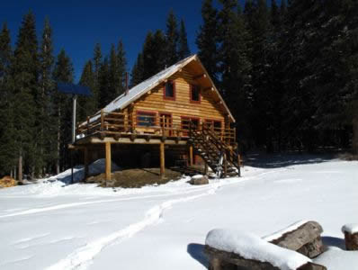 Estin Hut Winter